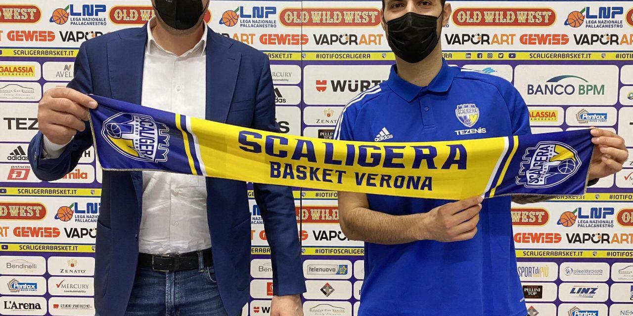"""Verona, Sacchetti: """"Cercherò di dare il mio aiuto su tutti e due i lati del campo"""""""